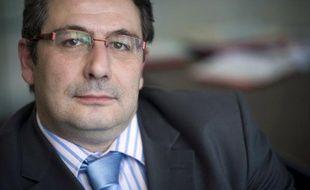 Plusieurs élus de droite et du centre se sont indignés mercredi d'un message de voeux du député PS et maire du XIVe arrondissement de Paris, Pascal Cherki, s'en prenant aux exilés fiscaux et au Medef.
