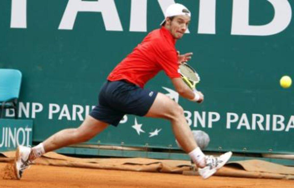 Le joueur de tennis Richard Gasquet retourne un service du Belge Kristof Vliegen lors du deuxième tour du tournoi de Monte-Carlo – no credit