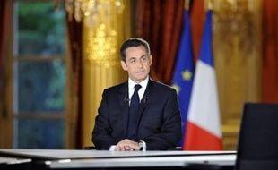 Nicolas Sarkozy s'est appliqué dans son interview de jeudi soir à donner l'image d'un président affichant modestie, sobriété et sang-froid pour tenter de reconquérir une opinion publique déroutée par un style rompant avec la solennité élyséenne.