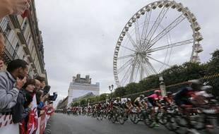 Les coureurs du Tour de France à Paris le 26 juillet 2015.