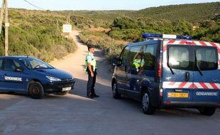 Des gendarmes en Corse - Illustration