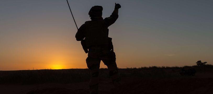 Un soldat français patrouille au Niger en mars 2017 (illustration)