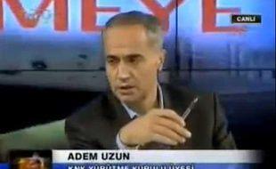 Capture d'écran d'Adem Uzun, un dirigeant du PKK en Europe, interpellé samedi 6 octobre 2012 à Paris