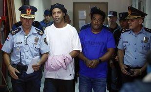 Ronaldinho et son frère ont été arrêtés au Paraguay pour détention de faux passeports, le 5 mars 2020.