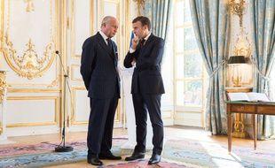 Laurent Fabius, président du Conseil constitutionnel, avec Emmanuel Macron le 6 novembre 2017.