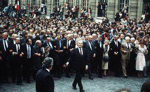François Mitterrand se dirige vers le Panthéon, à Paris, le 21 mai 1981.