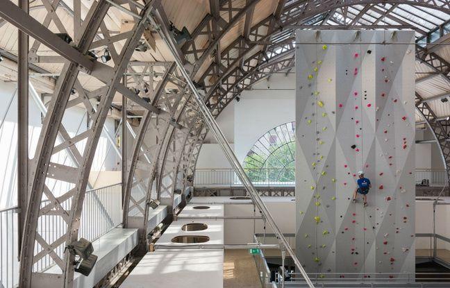 Paris, le 22 juin. Un mur d'escale a pris place dans le Pavillon de l'Arsenal, une activité possible tout l'été.