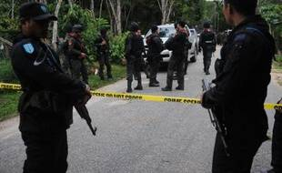 Une double attaque à la bombe dans le sud insurrectionnel de la Thaïlande a fait dix blessés samedi, dont un journaliste de l'AFP et trois de ses confrères.