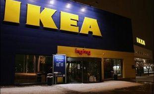 Non satisfait d'offrir à ses clients les fameuses étagères Ivar, les boulettes et petits pains grillés suédois, Ikea Norvège va désormais proposer à ses clients blasés de dormir gratuitement dans un de ses magasins à Oslo.