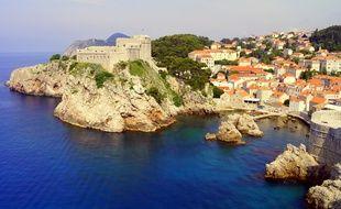La ville fortifiée de Dubrovnik est, dans la série, la ville fictive de Kings Landing.