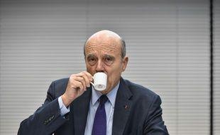 Alain Juppé, lors d'une conférence de presse.