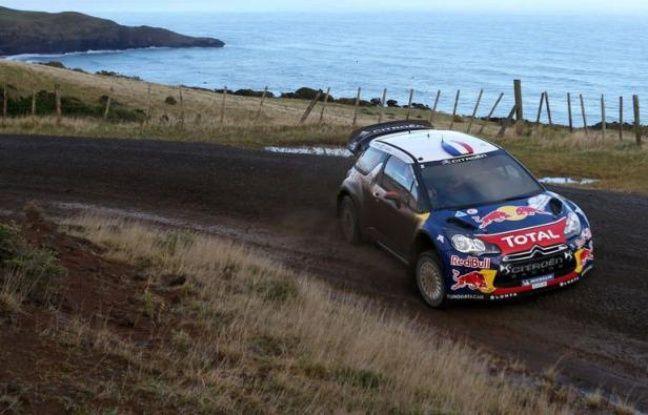 Le Français Sébastien Loeb (Citroën DS3) était en tête du rallye de Nouvelle-Zélande, vendredi soir au terme de la première journée, longue de 209 km chronométrés en huit épreuves spéciales, devant le Finlandais Mikko Hirvonen (Citroën DS3) et le Russe Evgueni Novikov (Ford Fiesta RS).