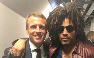 Emmanuel Macron et Lenny Kravitz dans les coulisses du concert de U2 à Bercy, le 13 septembre 2018.