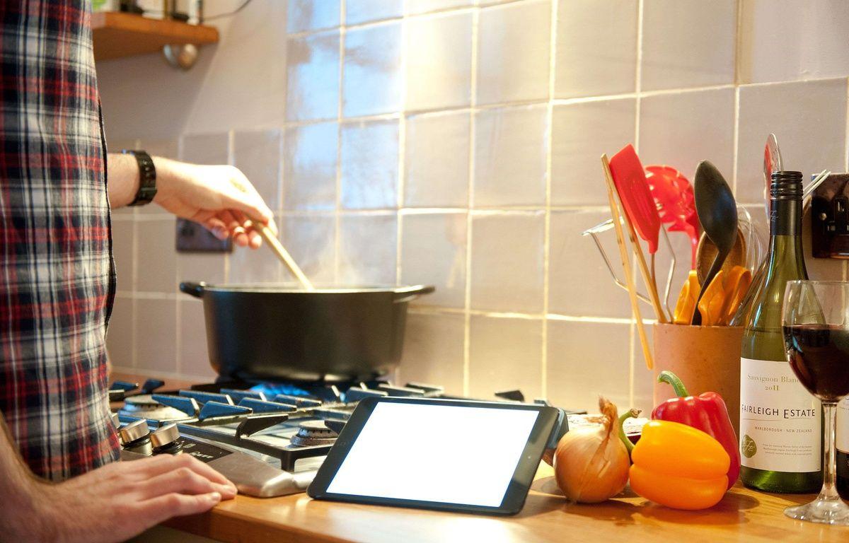 Des applis concoctées en Alsace pour cuisiner et consommer autrement (Illustration) – Will Ireland/Future Pub/REX/SIPA