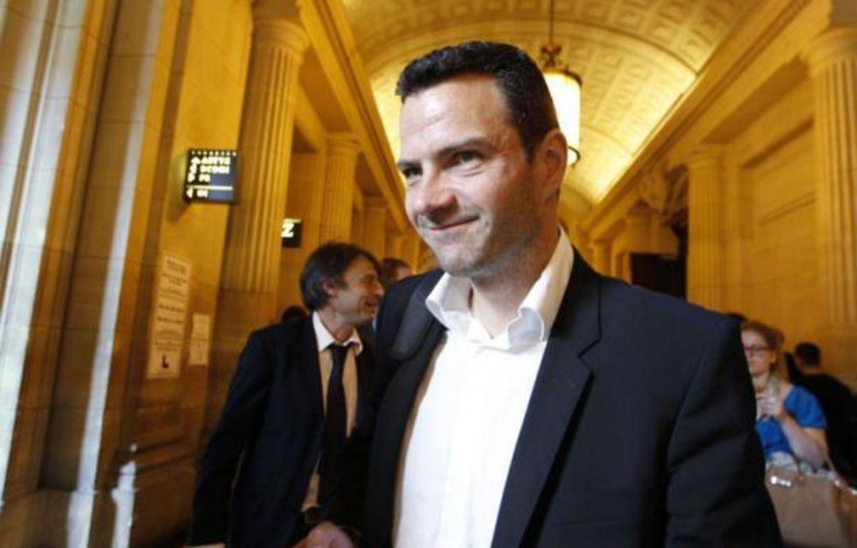 La Société Générale a demandé lundi à la cour d'appel de Paris de condamner Jérôme Kerviel à payer 4,9 milliards d'euros de dommages et intérêts, montant de la perte historique pour laquelle il est poursuivi. – Francois Guillot afp.com