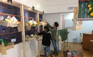 Claire et Sarah ont ouvert la Cageoterie cet automne, dans la rue du MIrail à Bordeaux.
