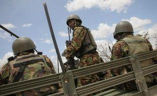 Les soldats somaliens et ceux de l'Union africaine sont entrés lundi dans Kismayo, plus de 48 heures après le retrait des islamistes shebab de leur dernier bastion d'importance en Somalie, ont rapporté des habitants à l'AFP.