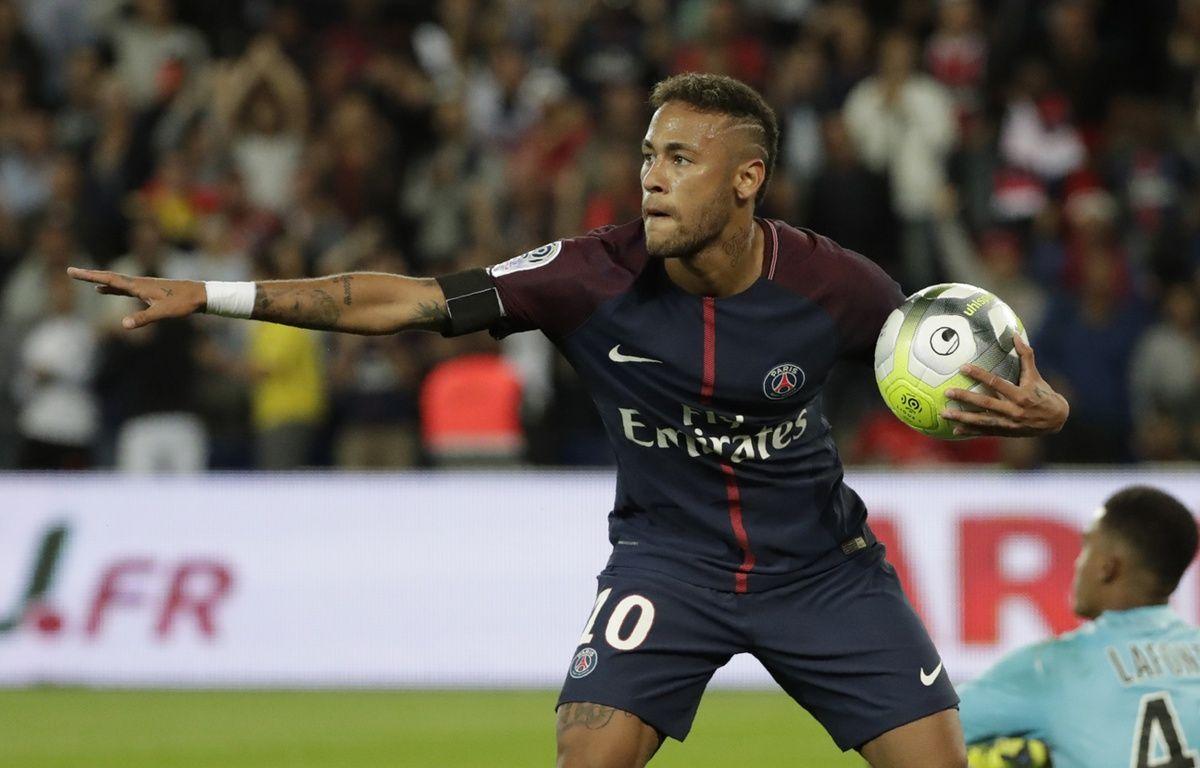 Neymar à la fête au Parc des Princes face au TFC. – THOMAS SAMSON / AFP