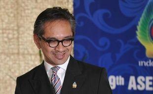Les chefs de diplomatie de l'Association des nations d'Asie du Sud-Est (Asean) ont donné mercredi leur feu vert à une présidence birmane du bloc régional en 2014, a indiqué le ministre indonésien des Affaires étrangères, Marty Natalegawa.
