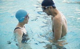 Florence Loiret-Caille et Samir Guesmi dans L'Effet aquatique de Solveigh Anspach