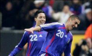 A 19 ans, et pour leur première sélection, Nasri et Benzema (respectivement passeur et buteur) ont justifié la confiance placée en eux et permis à la France de remporter (1-0) un match longtemps poussif contre l'Autriche, adversaire bien terne de cet amical au Stade de France mercredi.