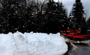 Le seul accès à la station des Mont d'Olmes est coupé par un éboulement.