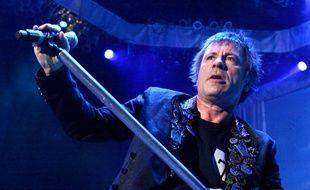 Bruce Dickinson, le chanteur d'Iron Maiden, sur scène en 2013.