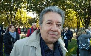 Erol Özkoray, ancien journaliste turc et ami de Charles Aznavour.