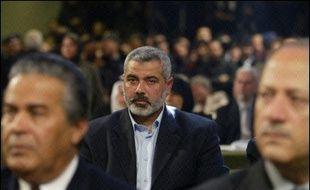 """Convaincu que le Hamas prône toujours sa destruction, Israël veut isoler le mouvement radical qui semble pourtant avoir opté pour une approche """"pragmatique"""" en évoquant une prolongation de la trêve."""