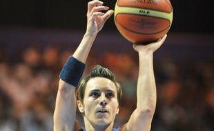 Céline Dumerc, capitaine de l'équipe de France de basket, le 19 juin 2013.