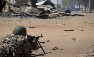 Environ 950 millions de dollars (715 M euros) sont nécessaires pour financer les opérations militaires au Mali et le renforcement prévu des effectifs africains, soit plus du double des fonds déjà promis, a affirmé lundi le ministre ivoirien des Affaires étrangères.