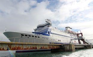 Le Bretagne, navire appartenant à la Brittanny Ferries, ici à Saint-Malo.