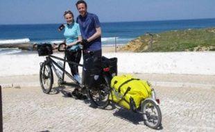 Claire et Sylvain vont partir en voyage pour sensibiliser à la protection des océans.
