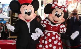 Mickey Mouse et son amie Minnie.