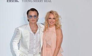 Le mannequin Brandon Lee et sa mère, l'actrice et activiste Pamela Anderson