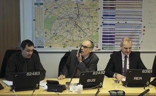Un responsable de chaque secteur de la RATP - RER, métro, bus et tram, technique...- a suivi l'évolution sur le front des intempéries en Ile-de-France, les 21 et 22 janvier 2013.