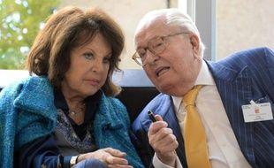 Jean-Marie Le Pen et son épouse, Jany, le 16 octobre 2015 à Marseille