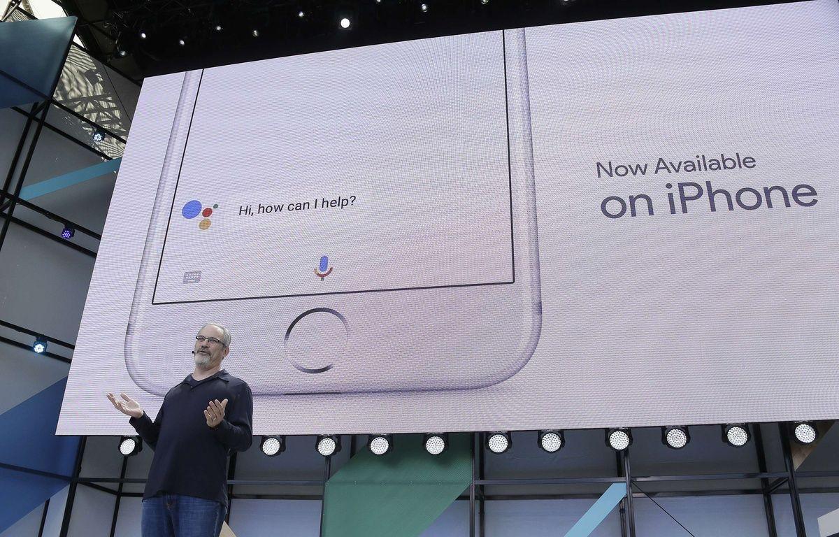 Google Assistant va défier Siri sur iOS, d'abord aux Etats-Unis, puis cet été en France. – E.RISBERG/SIPA/AP
