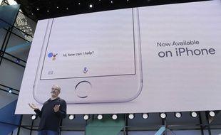 Google Assistant va défier Siri sur iOS, d'abord aux Etats-Unis, puis cet été en France.