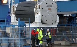 La compagnie d'électricité japonaise Tokyo Electric Power (Tepco) a annoncé la cession à des firmes allemandes de MOX initialement destiné à la centrale de Fukushima et actuellement stocké en France où il a été fabriqué à partir de combustible nucléaire usé venu du Japon.
