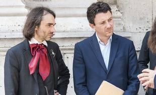 Cédric Villani (à g.) et Benjamin Griveaux, en juin 2017 à Paris.