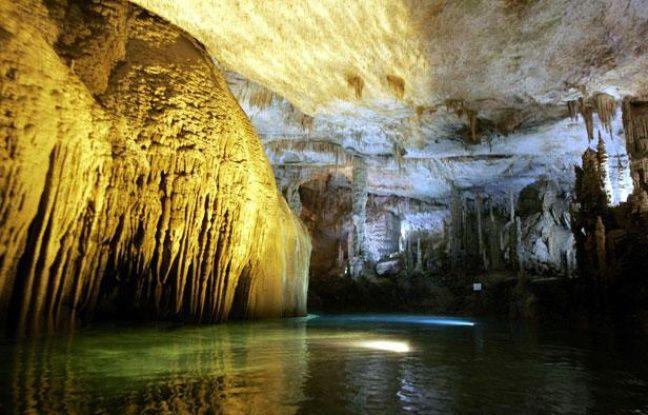 La grotte de Jeita, au Liban, figure parmi les candidats au palmarès des 7 merveilles de la nature.