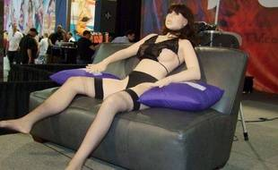 Roxxxy, présentée en 2010 à l'Adult Entertainment Expo comme le premier robot dédié au sexe.
