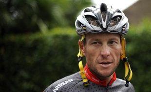 """L'ancien coureur cycliste américain Lance Armstrong, sous le coup d'une procédure de l'Agence américaine antidopage (USADA), n'a plus le droit de participer au triathlon """"Ironman de Nice"""" (sud-est) prévu le 24 juin, a affirmé jeudi une porte-parole de cette compétition"""