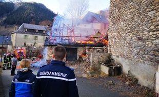 Un incendie a ravagé plusieurs maisons sur la commune de Bourg d'Oueil, au sud de la Haute-Garonne.