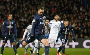 Les Lyonnais avaient tous en travers de la gorge le penalty retiré et marqué dans un seconde temps de Zlatan Ibrahimovic.