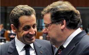 Le chef de l'Etat français Nicolas Sarkozy, qui assure la présidence de l'Union européenne, se rend à Dublin lundi pour des discussions sur la façon de progresser après le rejet par les Irlandais du traité européen.