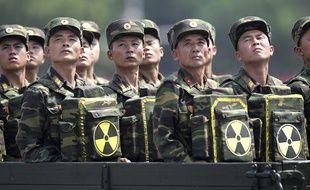 Des soldats nord-coréens lors d'une parade militaire à Pyongyang en juillet 2013.