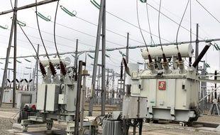 Illustration: Un transformateur appartenant à RTE (Réseau transport électricité)