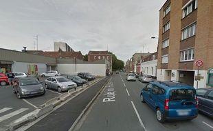 La rue du Buisson à Lille à l'endroit où s'est produit le jet de mobilier.
